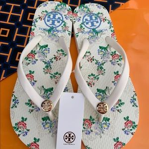 Tory Burch PVC Flat Thong Flip Flops Sandals Logo